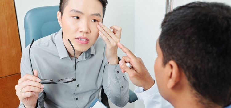 What Are Signs of Eye Problems?