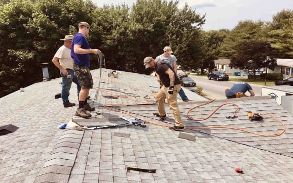 How Do I Choose a Good Commercial Roofing Contractor?